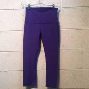 Lululemon blue crop legging, sz 4, 57754